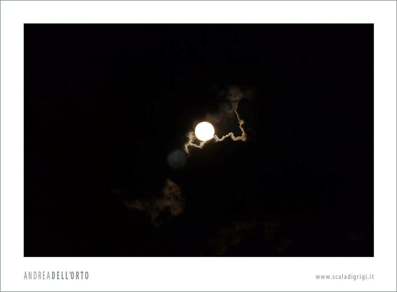 luna-gigante_orizzontale